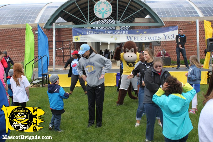 RightCoastPro MascotCoastee DSA Buddywalk Delaware dance