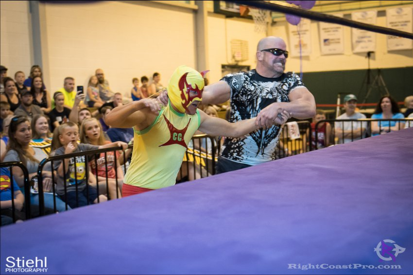 baldwin cruz 3 RightCoastPro Wrestling Delaware Festivus Event