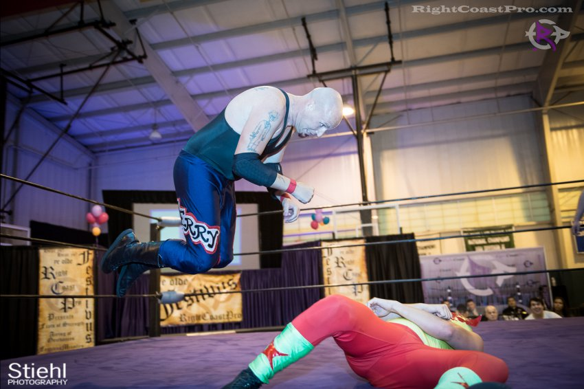baldwin cruz 5 RightCoastPro Wrestling Delaware Festivus Event