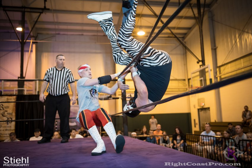 Heavyweights 10 Nanas RightCoastPro Wrestling Delaware Festivus Event