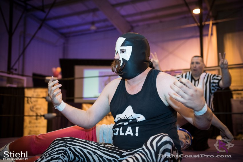 Heavyweights 4 Nanas RightCoastPro Wrestling Delaware Festivus Event