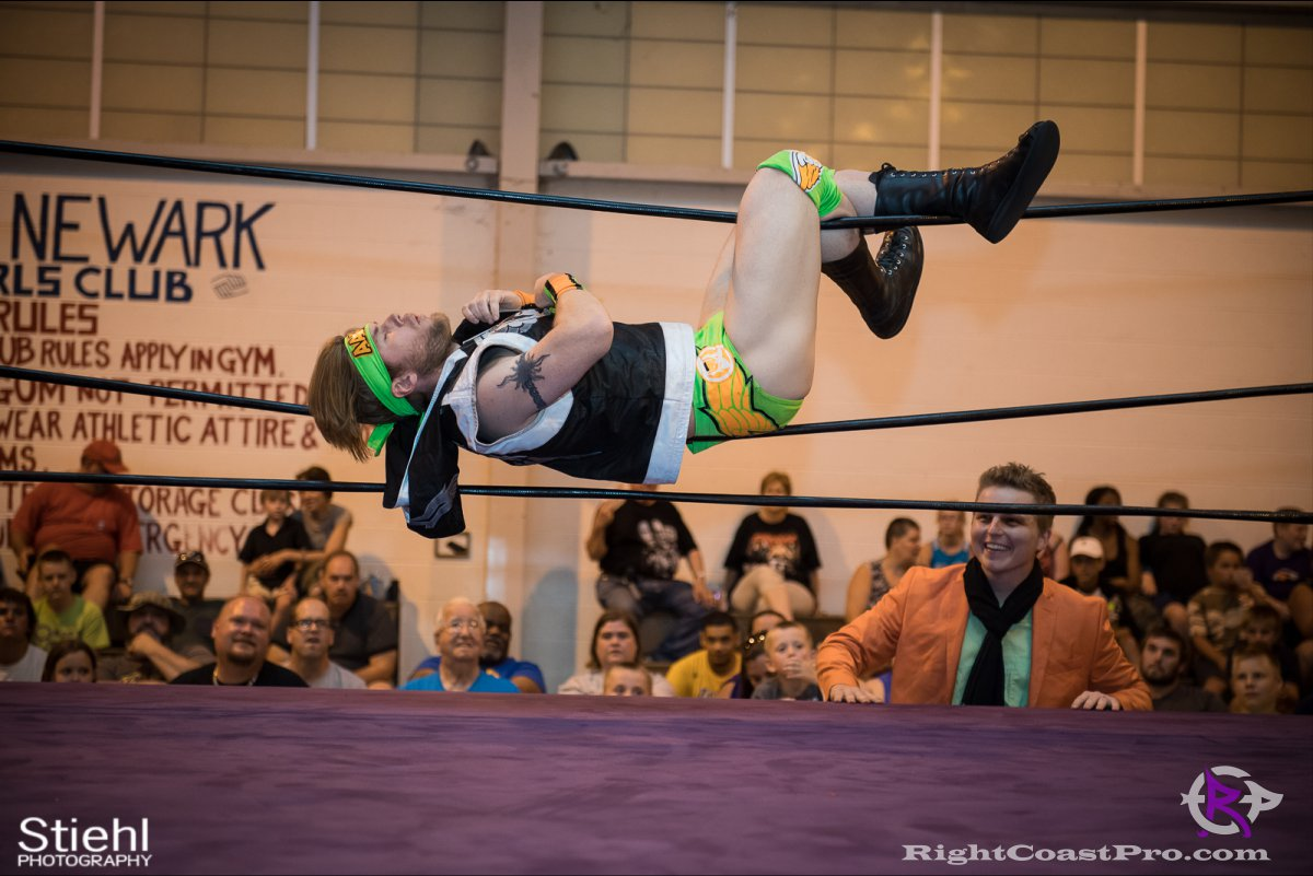 Stride A RightCoastPro Wrestling Delaware Festivus Event