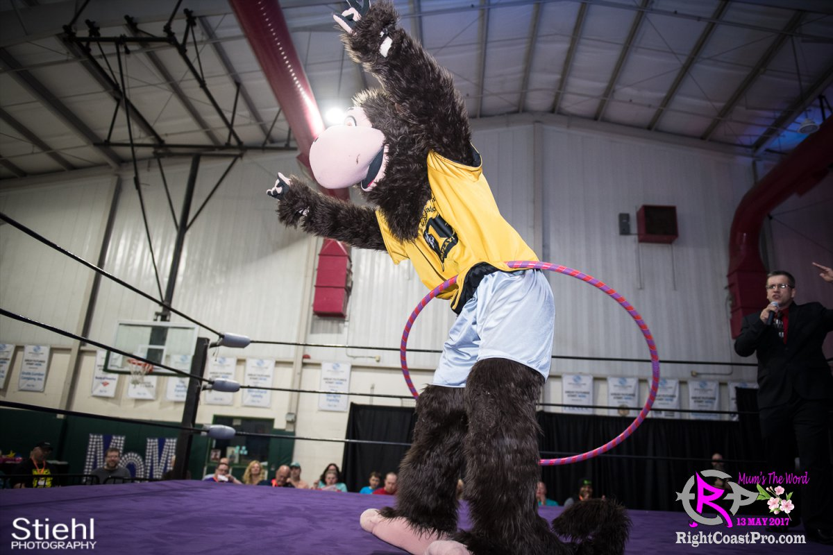 MascotCoastee C RCP36 RightCoast ProWrestling Delaware Entertainment Event