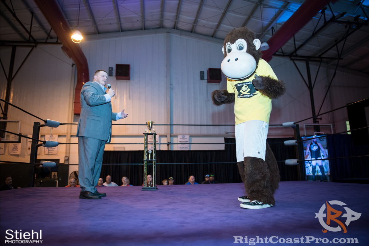 Mascot Coastee award 1200 RightCoast Pro Wrestling Delaware Event