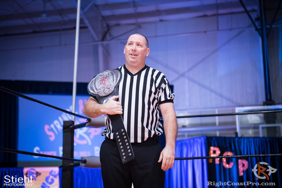 Referee Jim Dixon